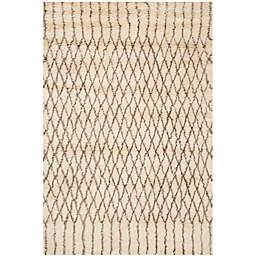Safavieh Casablanca Dakota 6' x 9' Area Rug in Ivory/Grey