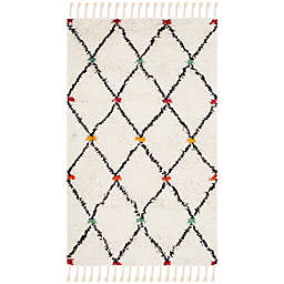 Safavieh Casablanca Ziggy 4' x 6' Area Rug in Ivory