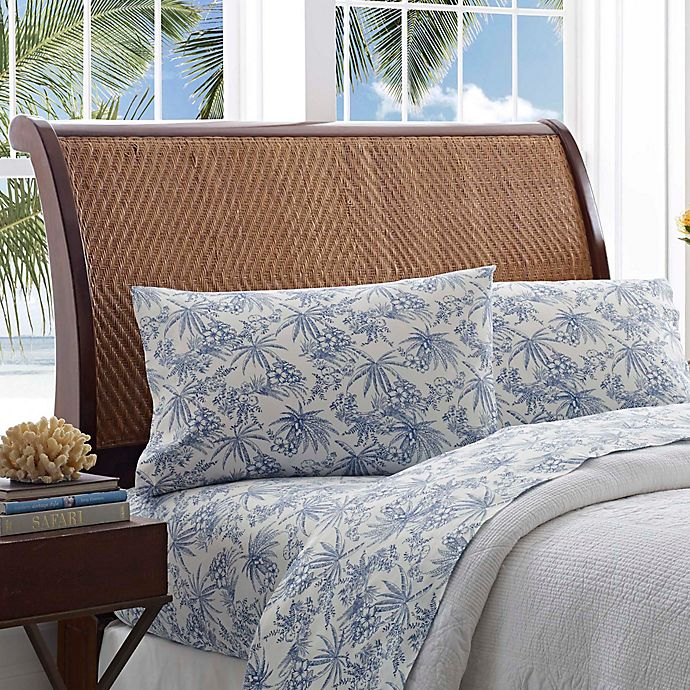 Alternate image 1 for Tommy Bahama® Pen and Ink Palm Queen Sheet Set in Blue