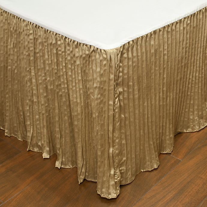 Alternate image 1 for Austin Horn Classics Paradise Peacock Queen Bed Skirt in Brown/Coral