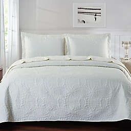 De Moocci Chinese Coin Coverlet Set