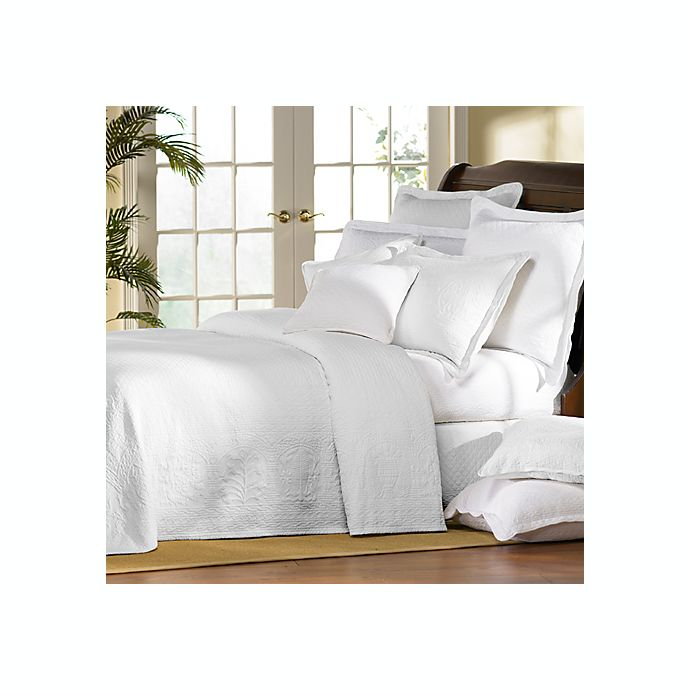 Alternate image 1 for Williamsburg William and Mary White Matelasse Bedspread, 100% Cotton