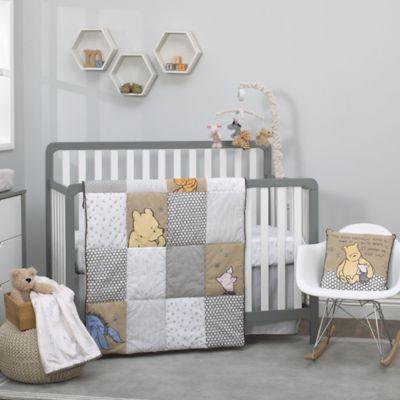 Disney Clic A Day With Pooh 3 Piece Crib Bedding Set