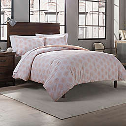 Garment Washed Damask Printed 3-Piece Full/Queen Comforter Set in Blush