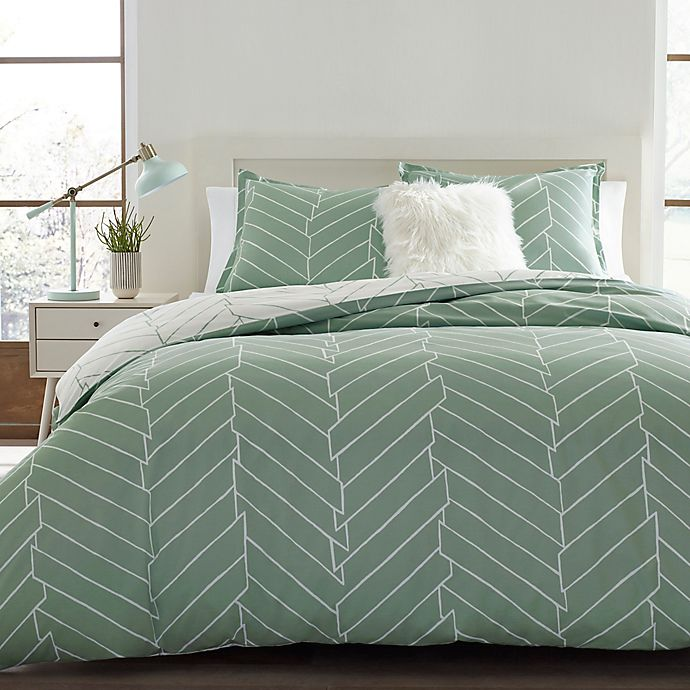 Alternate image 1 for City Scene Ceres Reversible Full/Queen Duvet Cover in Green