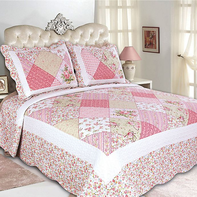 Alternate image 1 for Emily Reversible Full/Queen Quilt Set in Pink