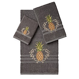 Linum Home Textiles WELCOME Embellished Bath Towels (Set of 3)