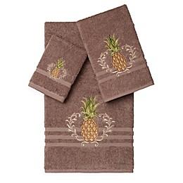 Linum Home Textiles WELCOME Embellished Bath Towels (Set of 3)