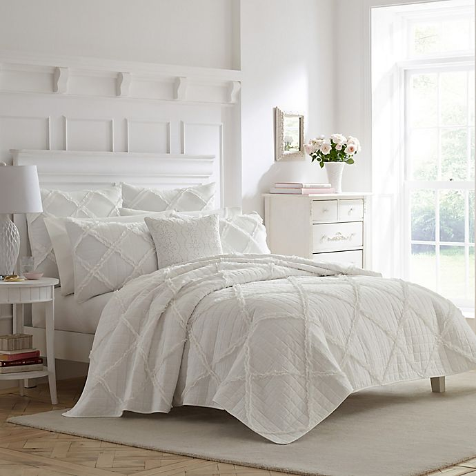 Alternate image 1 for Laura Ashley® Maisy Twin Quilt Set in White