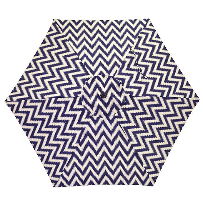 Alternate image 1 for 7.5-Foot Round Canopy Umbrella in Navy/White