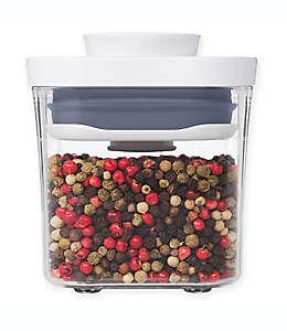 Contenedor de alimentos de plástico OXO Good Grips® POP cuadrado 189.27 mL