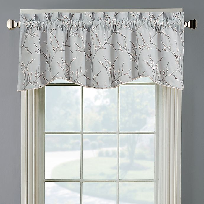 Allendale Lined Embroidered Window