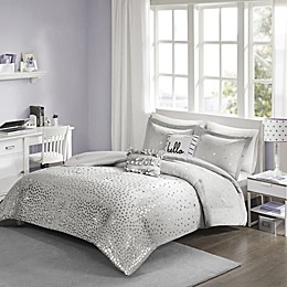 Intelligent Design Zoey Metallic Triangle Printed Comforter Set