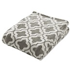 Brielle Quatrefoil Fleece Throw Blanket in Grey