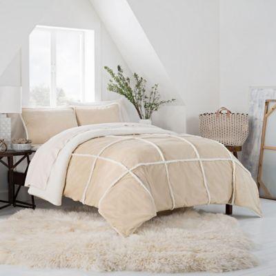 Ugg 174 Larson Reversible Comforter Set Bed Bath And Beyond