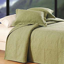 Matelassé Reversible Quilt
