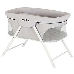 Dream on Me Traveler Portable Bassinet in Cloud Grey