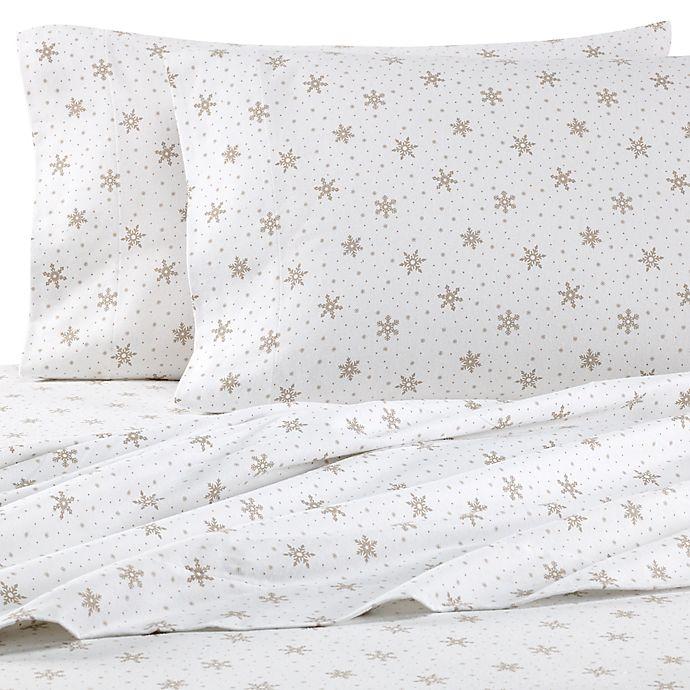 Alternate image 1 for The Seasons Collection® HomeGrown™ Snowflake California King Flannel Sheet Set