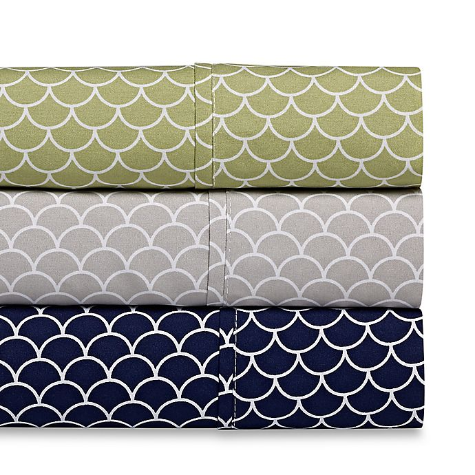 Alternate image 1 for Scallop Microfiber Deep-Pocket Sheet Set