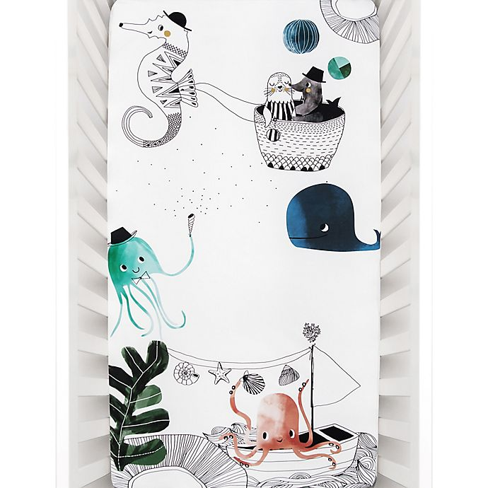 Alternate image 1 for Rookie Humans Underwater Love Fitted Crib Sheet
