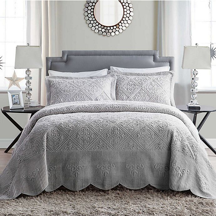 Alternate image 1 for VCNY Home Westland Plush Full Bedspread Set