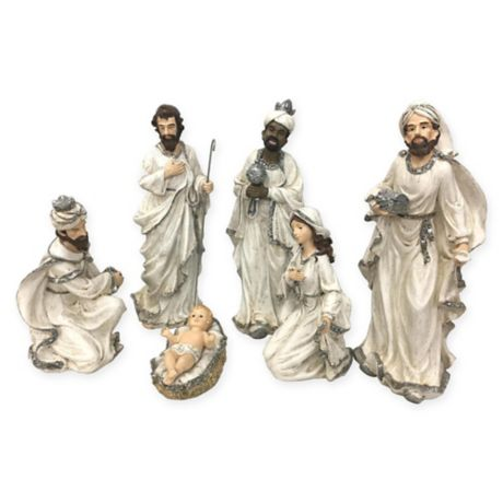 Christmas Nativity Set In White Silver Set Of 7 Bed