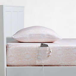 330-Thread Count Cotton Sheet Set with Fitted Sheet Cell Phone Pocket