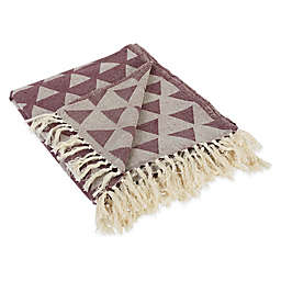 Triangle Throw Blanket in Pink