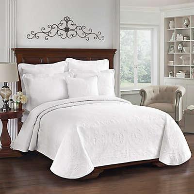 King Charles Matelasse Coverlet in White