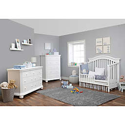Sorelle Vista Elite Nursery Furniture Collection in White