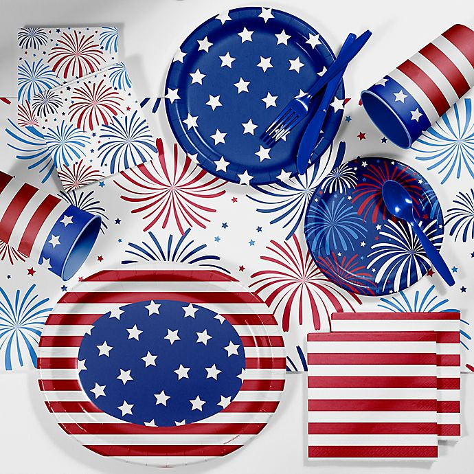 Alternate image 1 for Creative Converting™ 89-Piece Patriotic Deluxe Party Supplies Kit