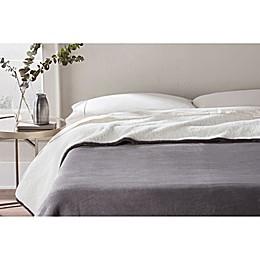 UGG® Avalon Blanket