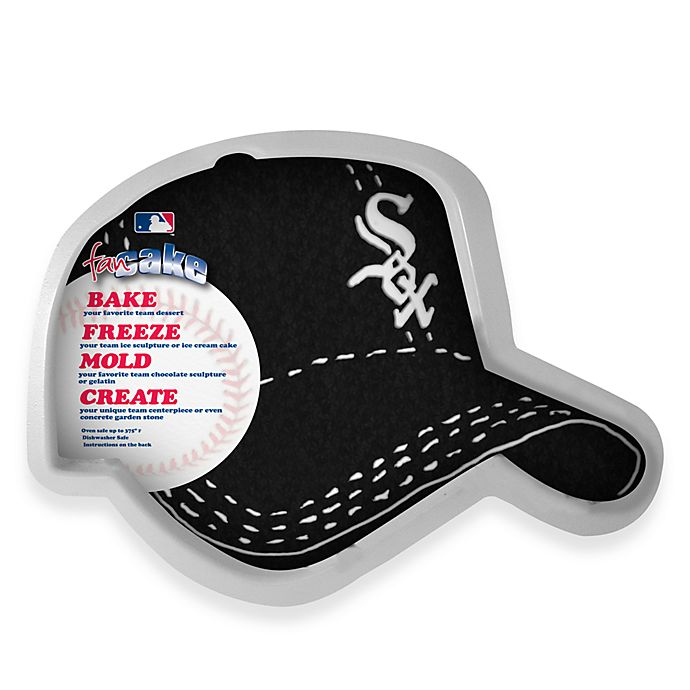 Alternate image 1 for MLB Chicago White Sox Fan Cake Silicone Cake Pan