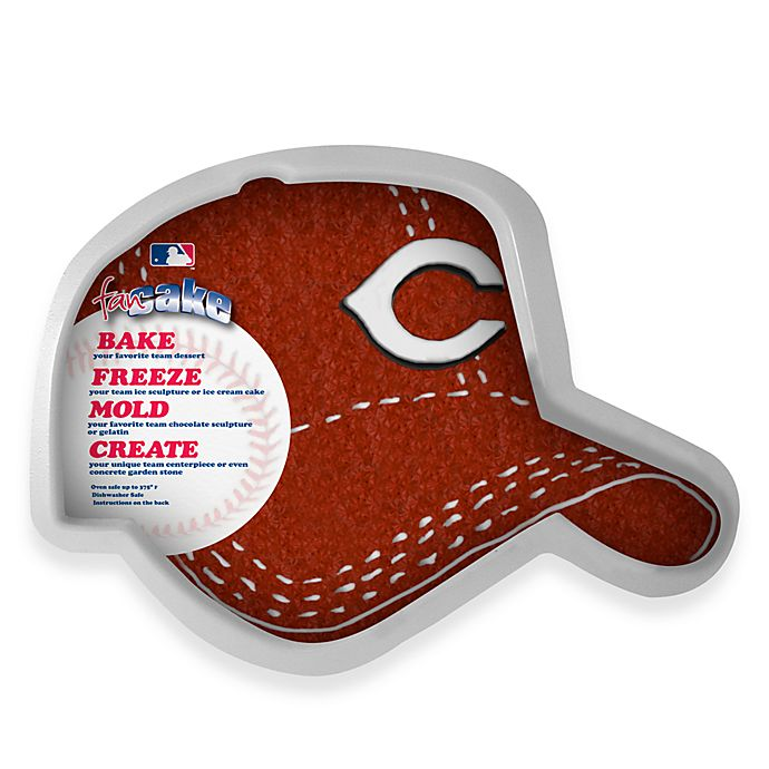 Alternate image 1 for MLB Cincinnati Reds Fan Cake Silicone Cake Pan