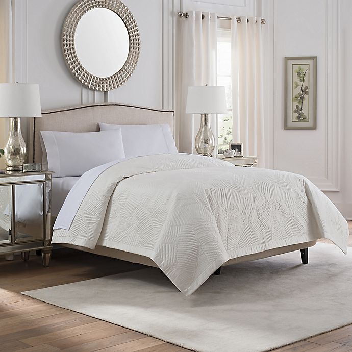 Alternate image 1 for Valeron Caruso Full/Queen Coverlet in White