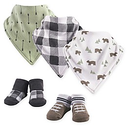 Yoga Sprout 5-Piece Bear Bandana Bib and Socks Set in Green