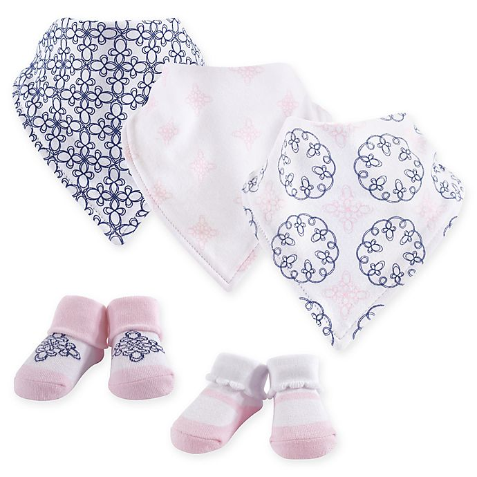 Alternate image 1 for Yoga Sprout 5-Piece Whimsical Bandana Bib and Socks Set in Pink