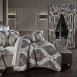 J. Queen New York™ Desiree 4-Piece King Comforter Set in Silver