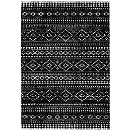 Safavieh Montage Jasmine 5'1 x 7'6 Indoor/Outdoor Area Rug in Grey
