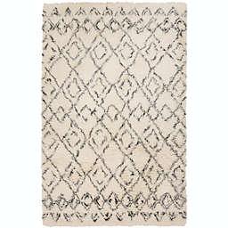 Surya Tasman 5' x 8' Shag Area Rug in Cream/Dark Green