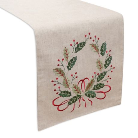 Holiday Wreath Table Runner Bed Bath Amp Beyond