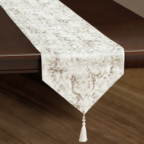 J Queen New York Dream Table Runner In Natural Bed