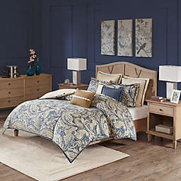 Hampton Hill Urban Chic Comforter Set in Navy