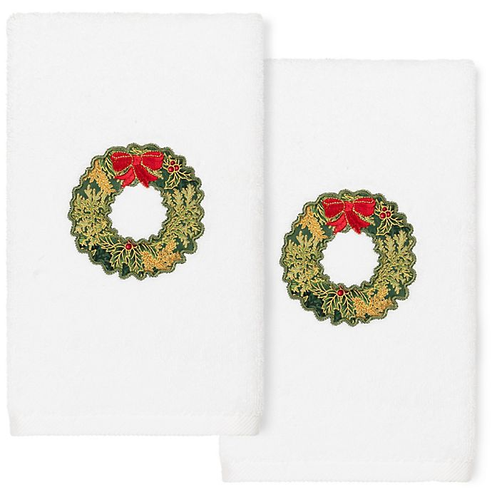 Alternate image 1 for Linum Home Textiles Christmas Wreath Hand Towels in White (Set of 2)