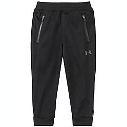 Under Armour® Pennant Jogger in Black