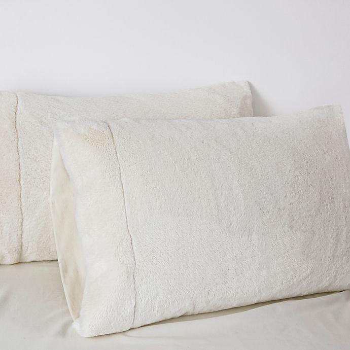 Alternate image 1 for UGG® Polar Standard Pillowcase in Snow