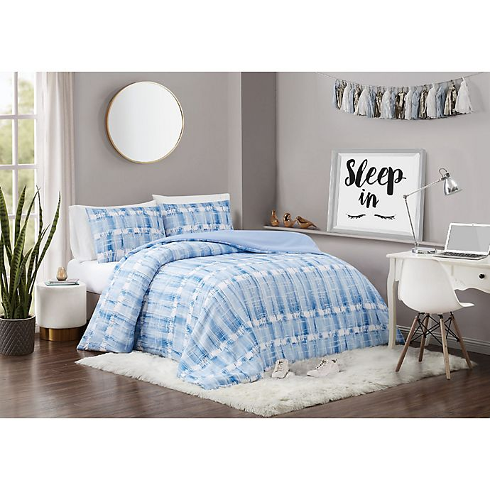 Alternate image 1 for Vince Camuto® Nantucket Comforter Set