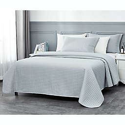 Millano Collection Classic 2-Piece Twin Quilt Set in Blue