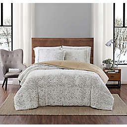 Carved Faux Fur 3-Piece Comforter Set