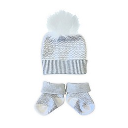 NYGB™ Newborn 2-Piece Fair Isle Hat and Bootie Set in Cloud